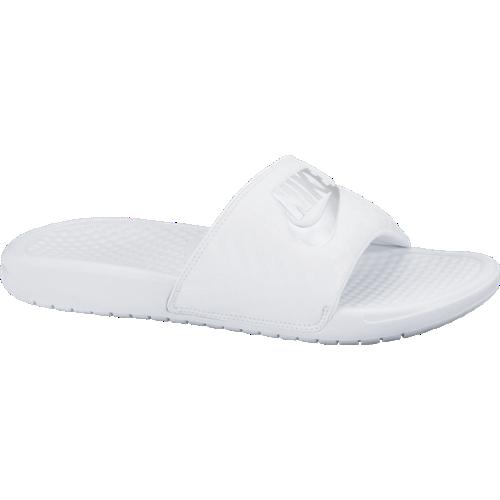 Nike papucs Wmns Benassi Slide c2541eaf76