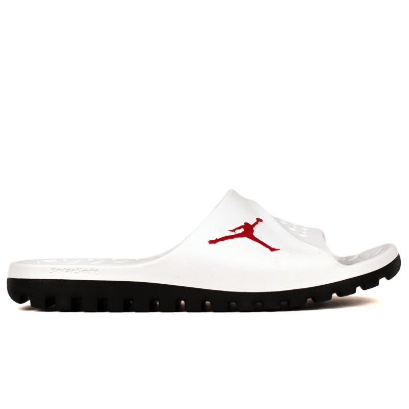 716985-102 Nike Jordan Super Fly Team férfi papucs 91788c30ab