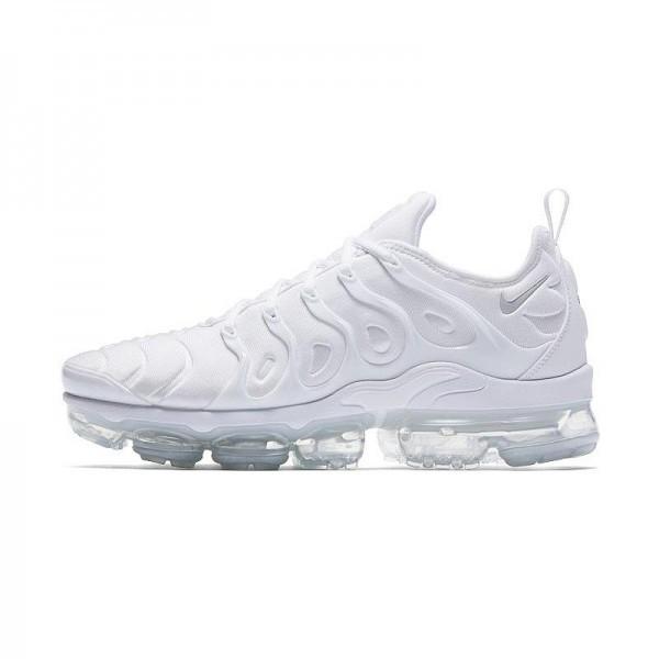 c2a045ef24 Nike Air VaporMax Plus , Férfi cipő | utcai cipő , nike , Nike Air ...